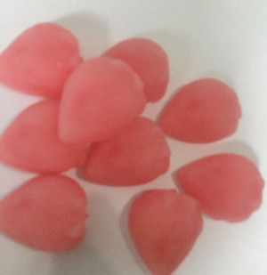 50 strawberry wax melts