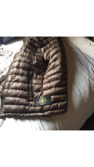 limited edition stone island gillet