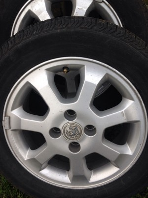 Vauxhall alloy wheels 15inch 4studs