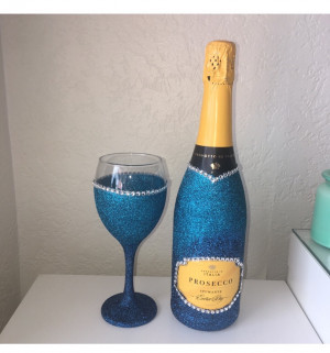 Prosecco and glass set