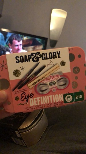 Soap and glory eye definition