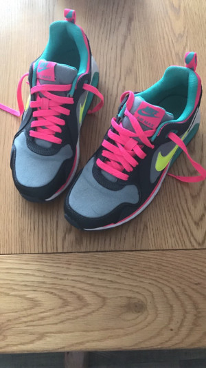 Nike air max size 5 great condition