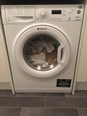 Hotpoint washing machine - 7kg with 1400 spin