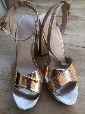 Office rose gold platform size 4 worn to try on.