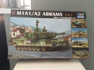 Trumpeter M1A1/2 Abrams (5 In 1 kit) model 1/35
