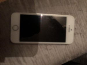 iPhone 5s unlocked 16gb immaculate condition