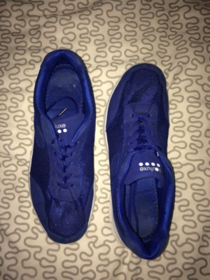Running trainers size 12