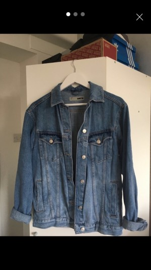 Topshop denim jacket- NO REFUNDS- POSTAGE DEPENDS WHERE YOU ARE