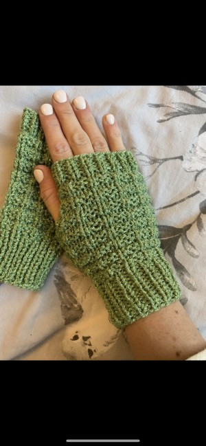 Green waffle knitted fingerless gloves