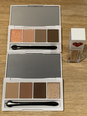 Eye shadow palette/glitter, lip/eye makeup remover