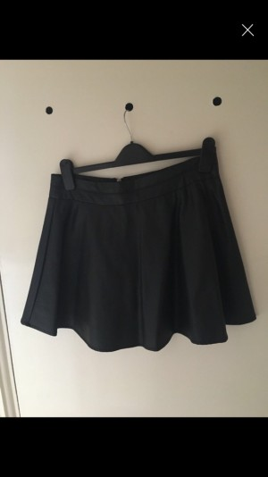 Size 12 leather short skirt