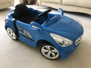 Kids 12v Mercedes ride on car new