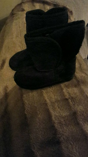 girls boots size 6-7