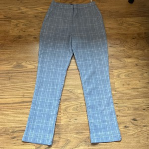 New look checkered trousers size 8