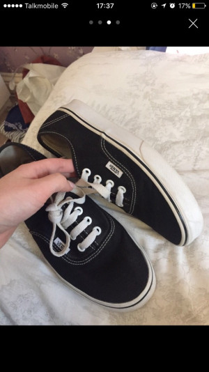 Worn on the inside but good condition on out. Black original vans