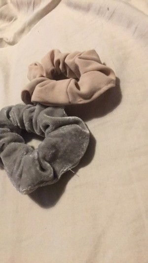 pink or grey scrunchies