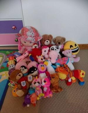FREE soft toys bundle £1 delivery locally
