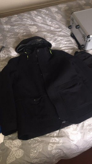 Men's Henry Lloyd Harrington coat excellent condition all over.black with detachable hood