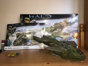 HALO REACH LEGO, PELICAN, BIX AND INSTRUCTIONS INCLUDED