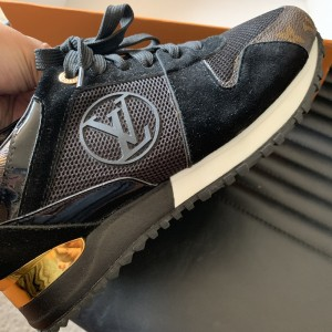Black lv print trainers