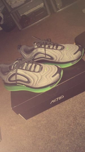 Air max 720 electric green size 6