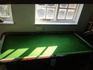 Pool/ Snooker Table