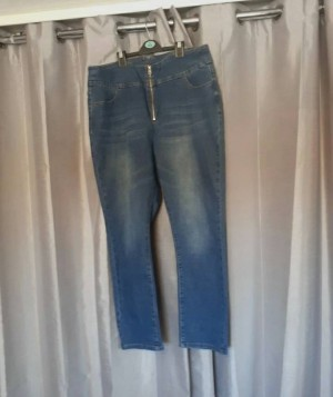 Shein high rise zip front Jean's