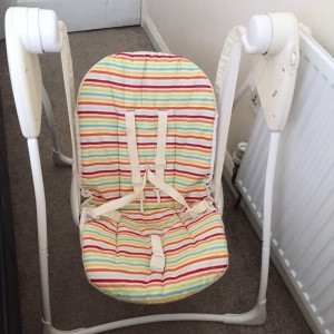 Graco Delight Baby Swing in Candy Stripe