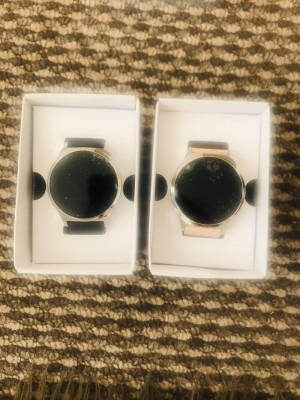 Smart watch black and blush