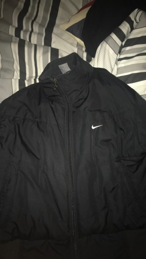 black nike bomber jacket