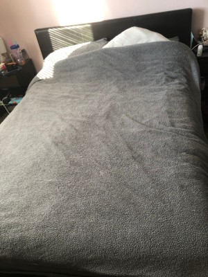 lift up double bed open to offers need gone ASAP