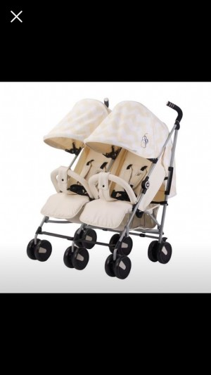 URGENT‼️ my babiie billie cream twin pram