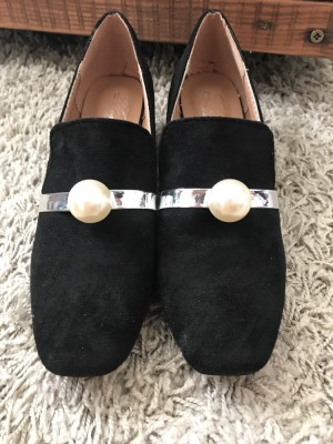 Loafers with pearl