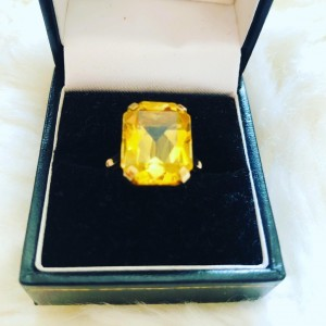 Gorgeous Mid Century 9ct Yellow Gold Large Citrine Dress Cocktail UK R
