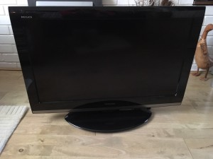 "Toshiba 32"" television. Excellent condition.Television"