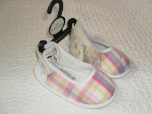 Checked baby shoes