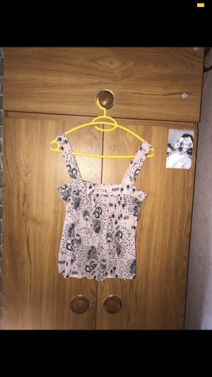 Flowery Vest Top. Size 8.