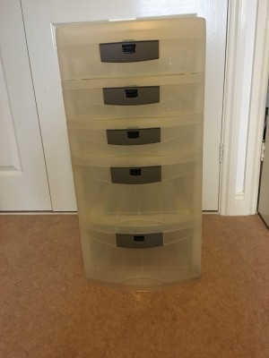 Clear plastic draw tower