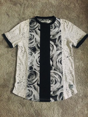 men's supply and demand T-shirt top roses