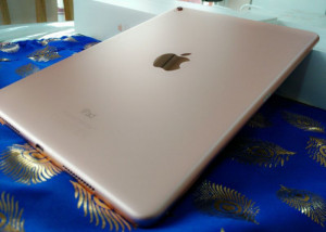 Apple iPad Pro 32GB - Rose Gold