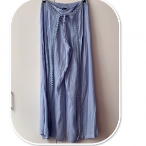 Stunning  High waisted Relaxed Wide leg Trousers