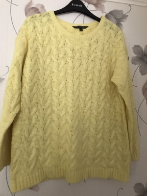 Yellow Cable Jumper