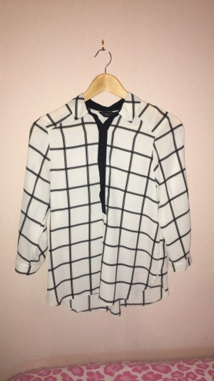 Black and White Checked Blouse Size 8