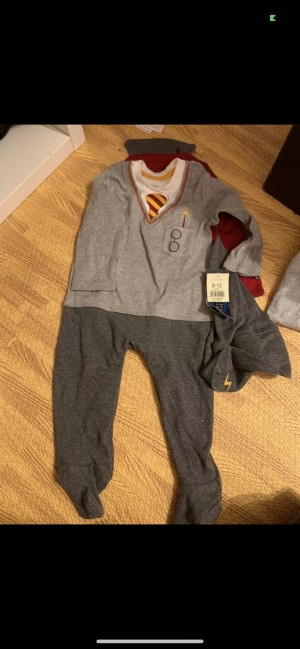 Brand new Harry Potter outfit baby grow with cape and hat