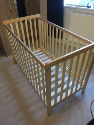Little acorns classic cot