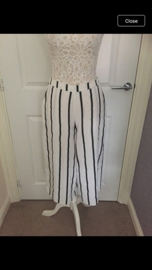 Size 8 crop summer pants worn once from atmosphere