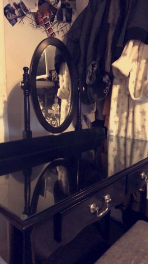 Black makeup dresser and stool. Great condition clean and ready to go