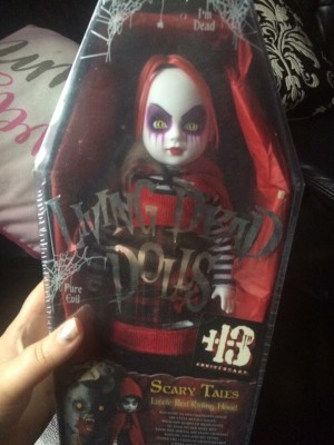 Living dead doll brought wrong one still not been opened collection st1