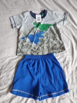 Baby top and shorts set  size 9 to 12 months