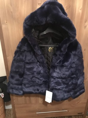 Blue feet fur coat with hood And tags collection Arnold Nottingham